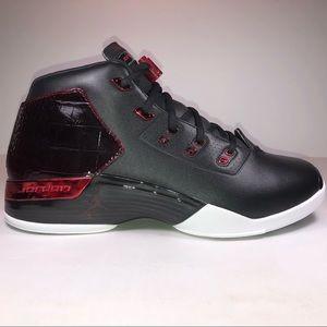 Air Jordan 17+ Retro Bulls Black, Red & White Shoe